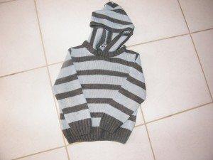 pull rayé à capuche 5 ans